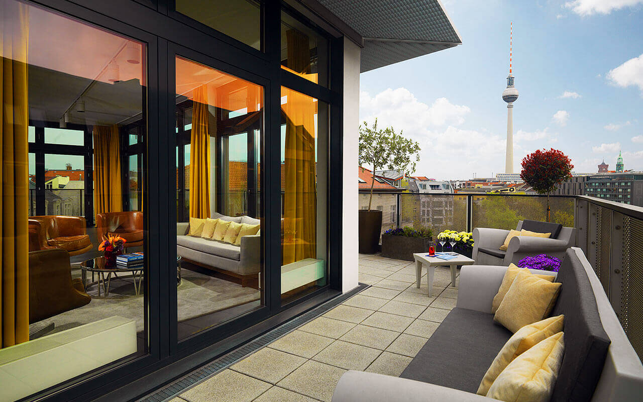 meeting room with rooftop in berlin mitte amano rooftop conference. Black Bedroom Furniture Sets. Home Design Ideas