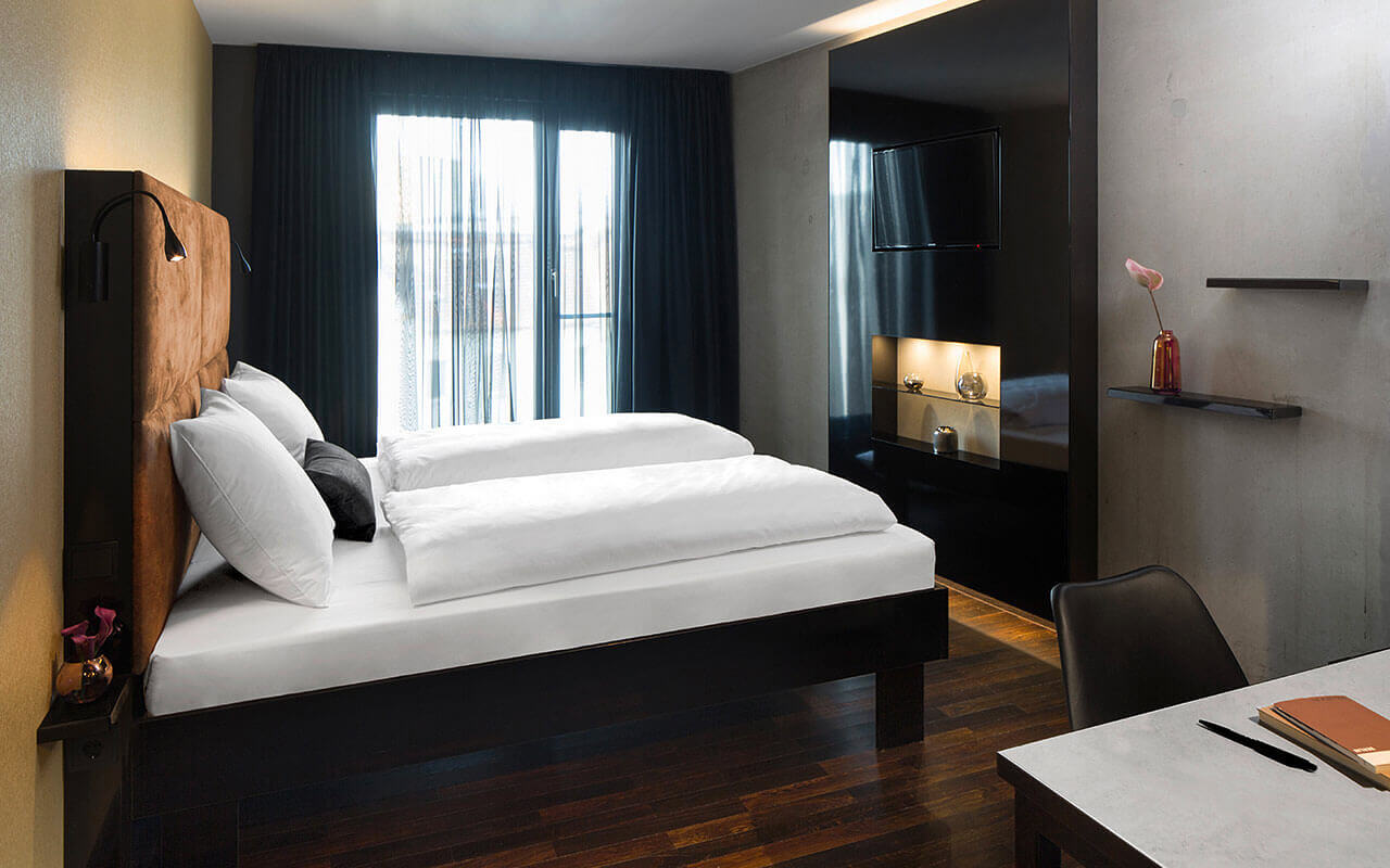 hotel near hackescher markt best price guaranteed. Black Bedroom Furniture Sets. Home Design Ideas