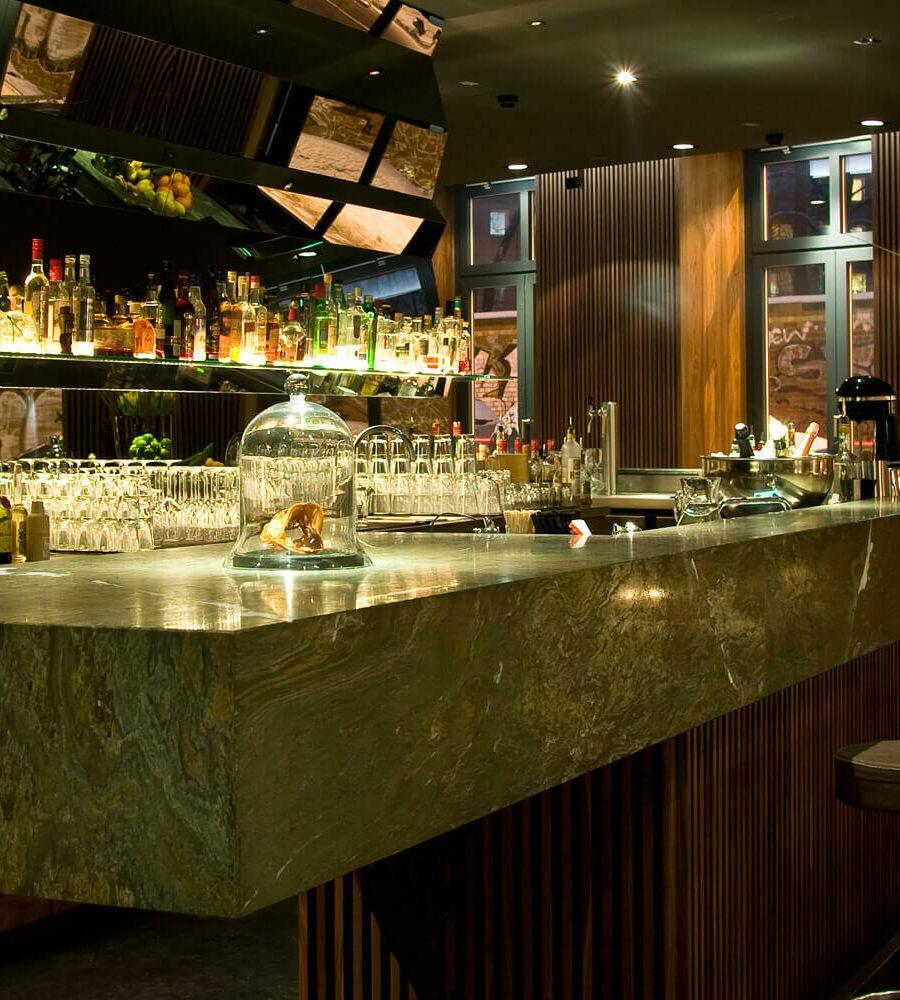 Luxuriöse Bar als Eventlocation in Berlin Mitte | AMANO Bar