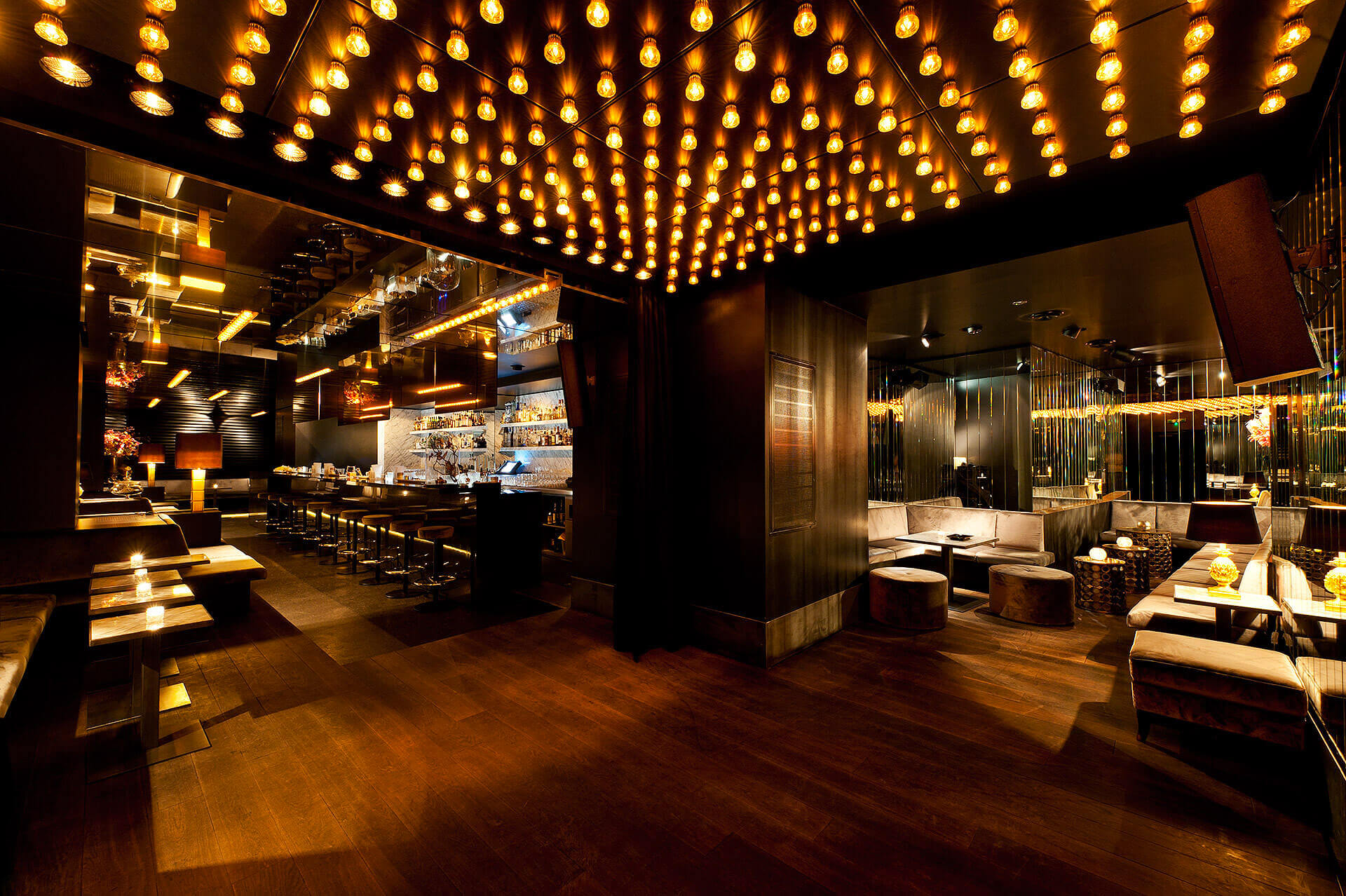 Exclusive Club And Bar In Berlin Mitte Dean