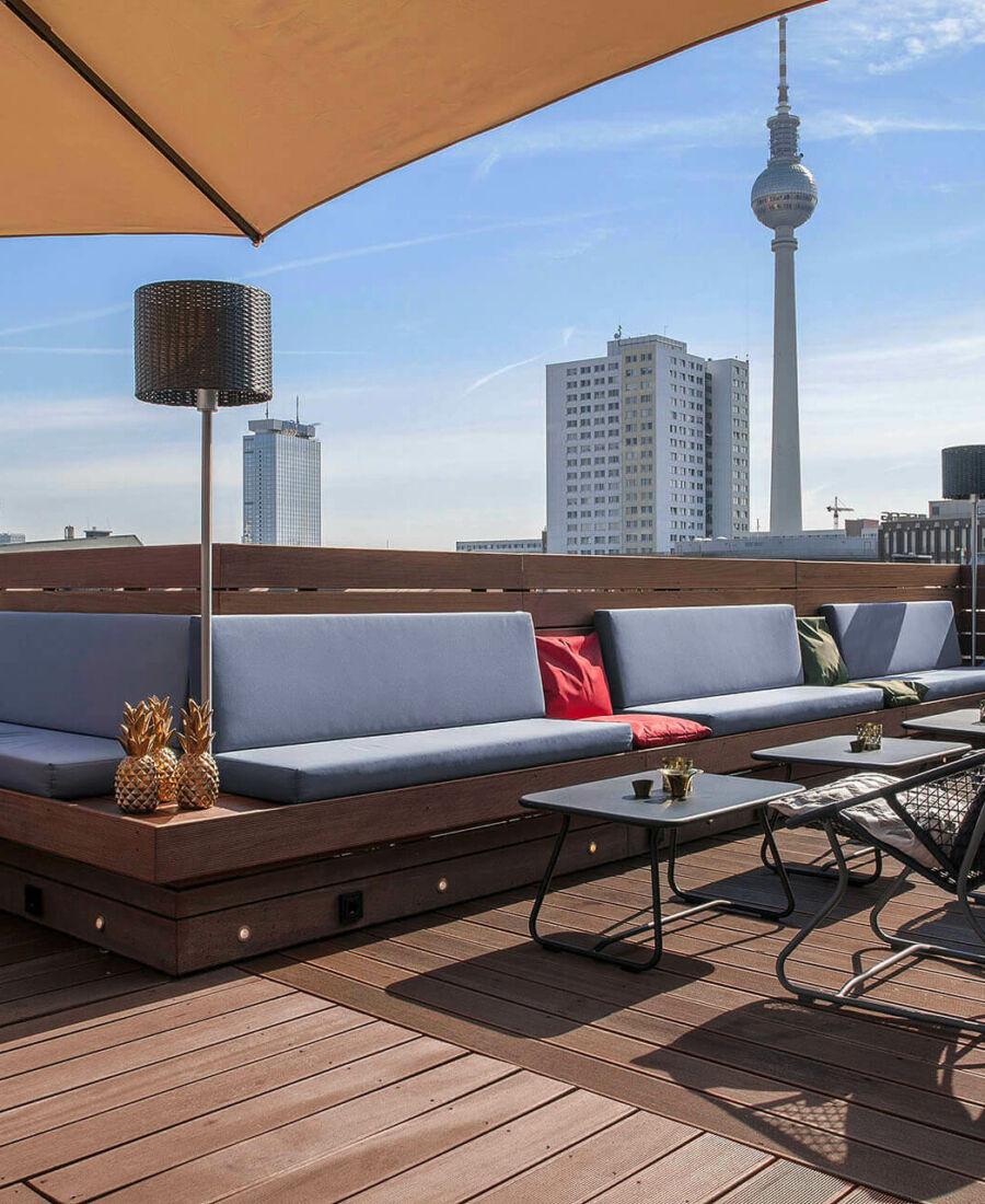 Stylisch Rooftop Bar In Berlin Mitte Hotel Zoe